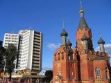 Гостиница «Брянск» и Спасо-Гробовская (Преображенская) церковь